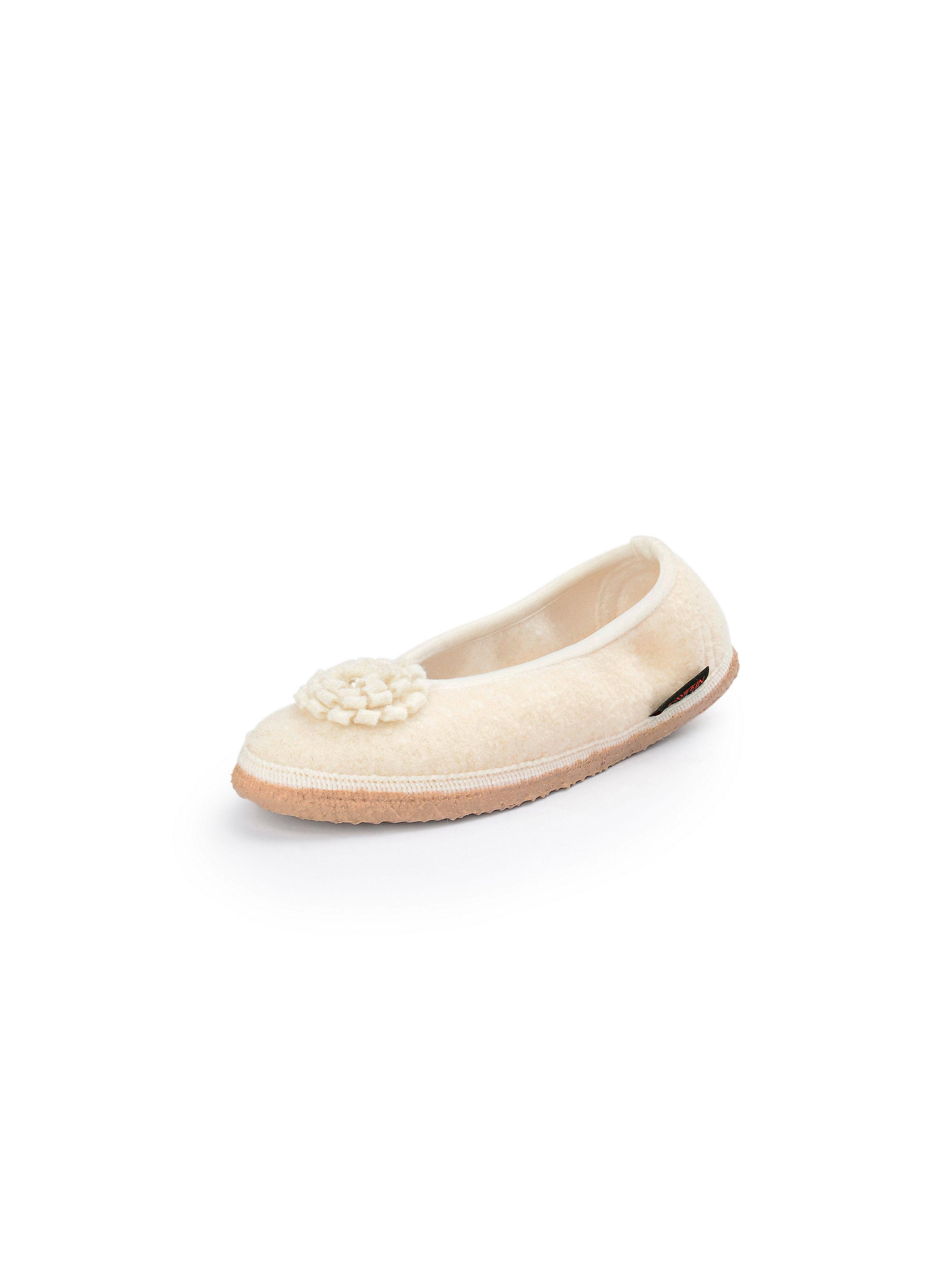 Image of   Ballerina Fra Giesswein beige