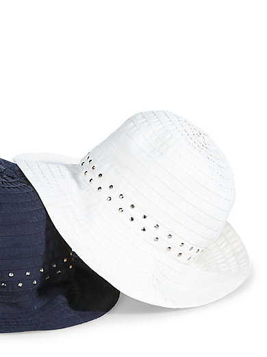 Anna Aura - Le chapeau