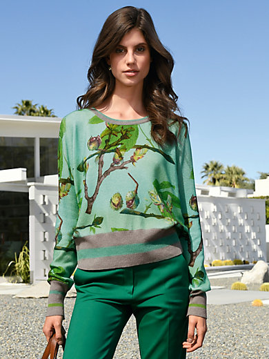 Cashmere Victim - Round neck pullover in 100% cashmere