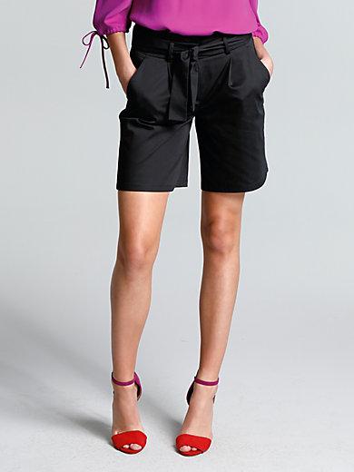 comma, - Shorts