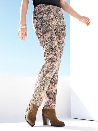 Emilia Lay - Hose