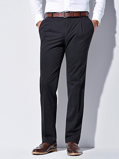 63029bb3a7cd1 Le pantalon à pinces, modèle Luis