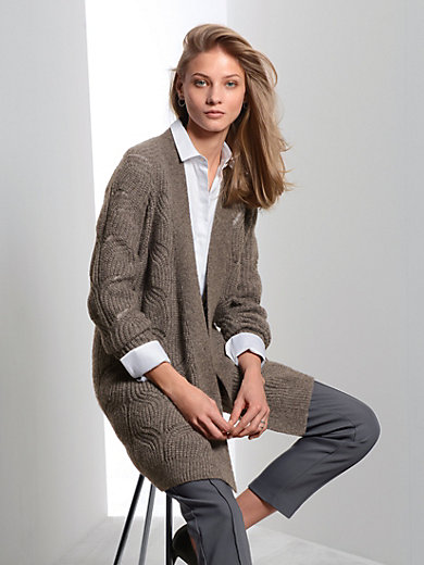 Fadenmeister Berlin - Cardigan with cable pattern