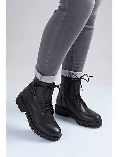 99e04c9d36b Gabor Comfort - Kängor i äkta läder - svart