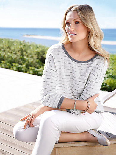 include - Round neck jumper with 3/4-length sleeves