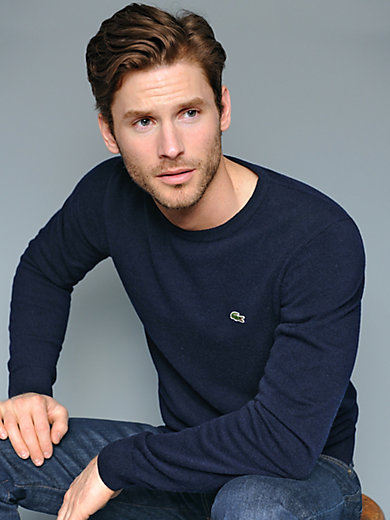 Lacoste - Round neck pullover in 100% wool