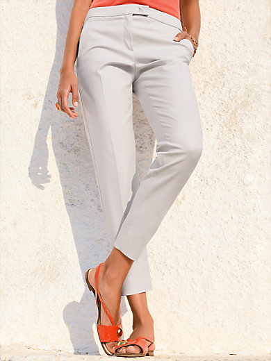 Laura Biagiotti Donna - 7/8-length trousers