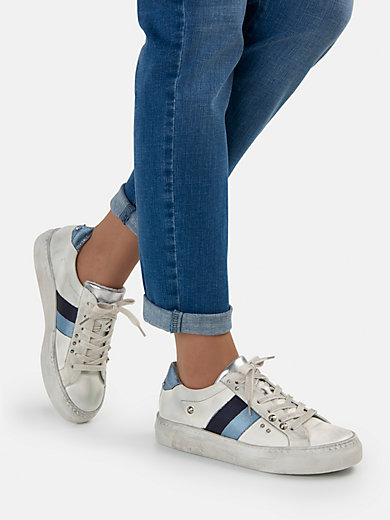 new style cd6eb 58a7a Sneakers