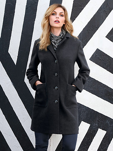 Peter Hahn - Short coat with a revers collar