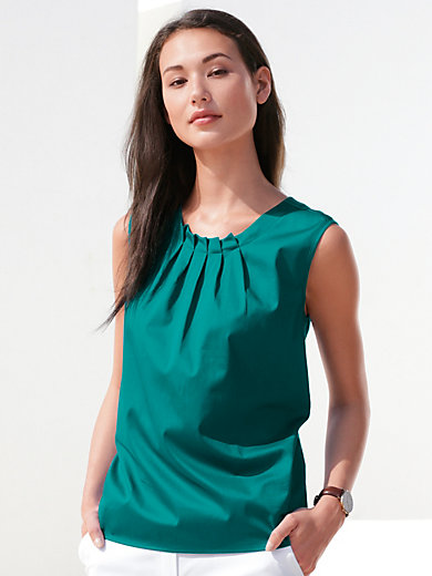 Peter Hahn - Top with round neckline and front pleats
