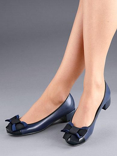 newest 585a9 f4eba Shoes