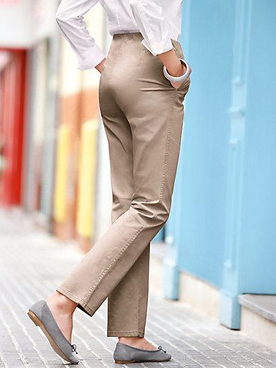 Raphaela by Brax - Le pantalon ProForm Slim en coton, modèle CILLY
