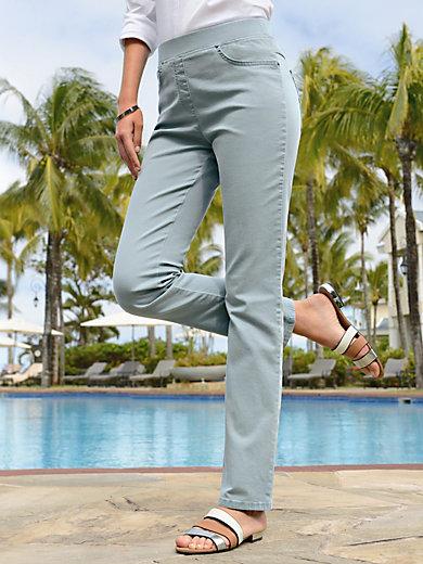 Raphaela by Brax - Le pantalon ProForm Slim, modèle PAMINA