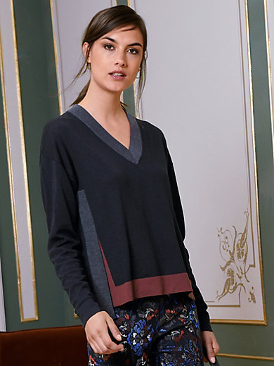 Riani - V-pääntieneule 100% uutta villaa