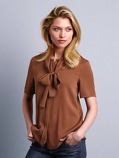 Strenesse - Blouse with a bow in luxurious stretch silk