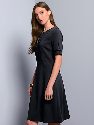 Strenesse - Dress with short sleeves
