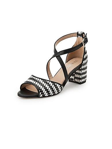 0f2f21b44f5d7 Sandals