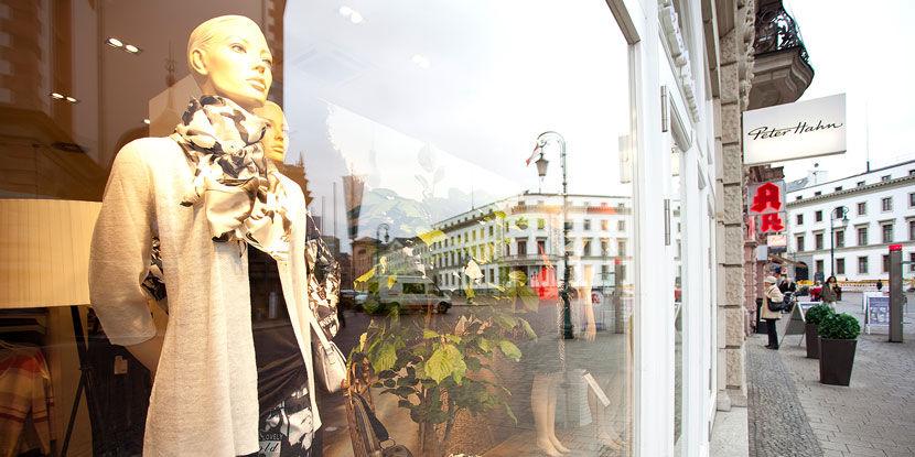 online for sale exquisite style sleek Peter Hahn Filiale - Wiesbaden